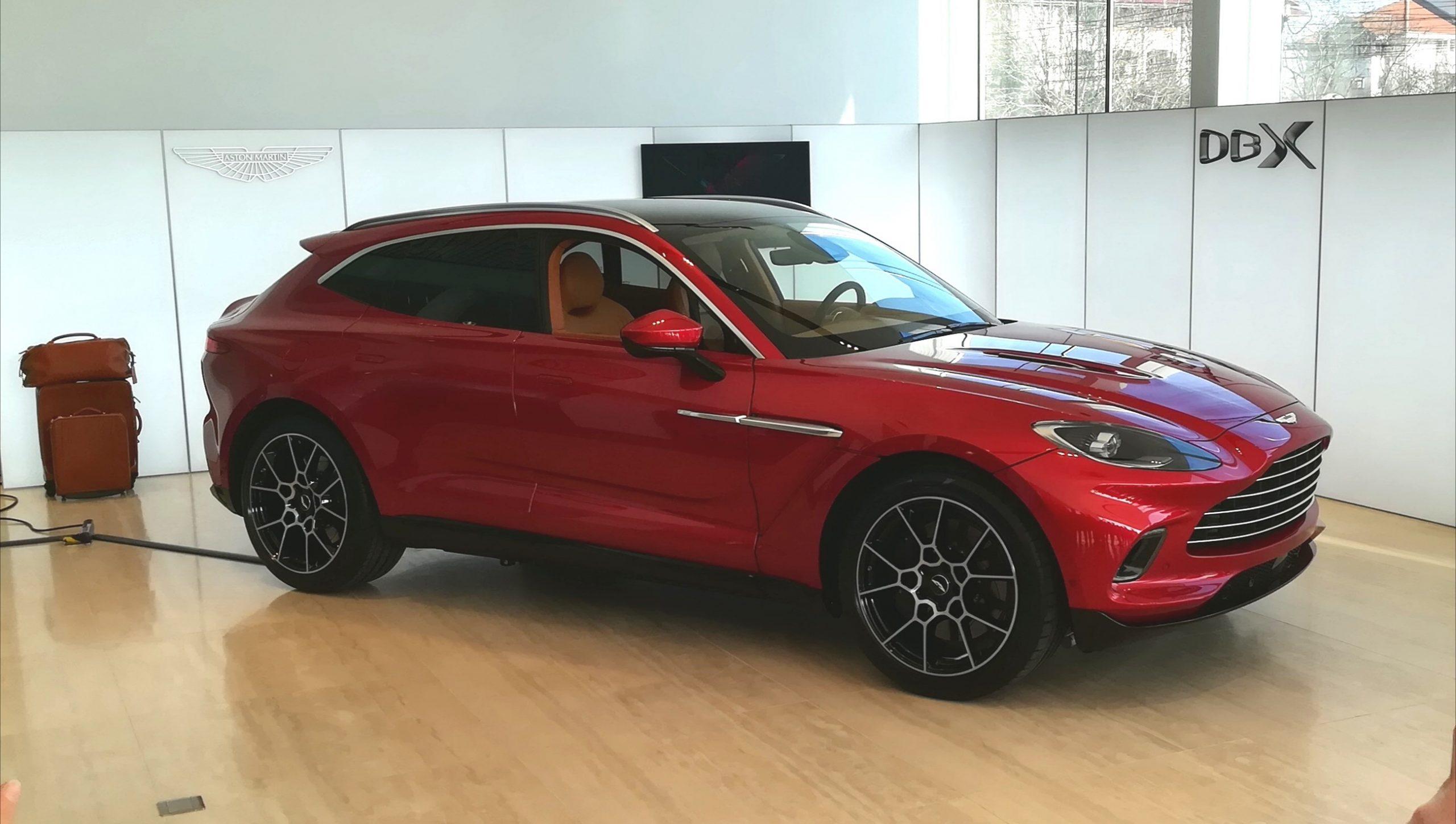Noul Aston Martin DBX a sosit în România (12)