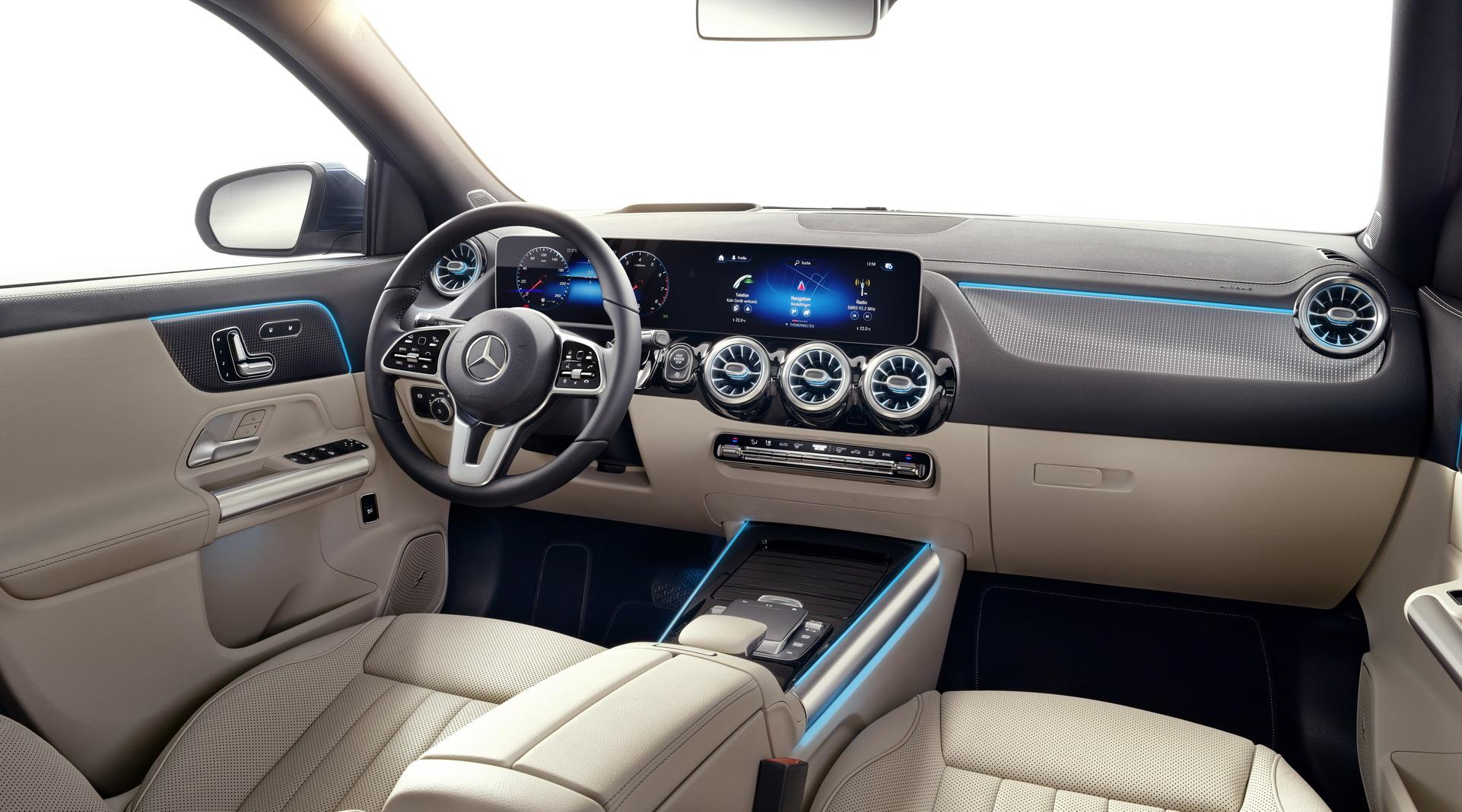 Noul Mercedes-Benz GLA (33)