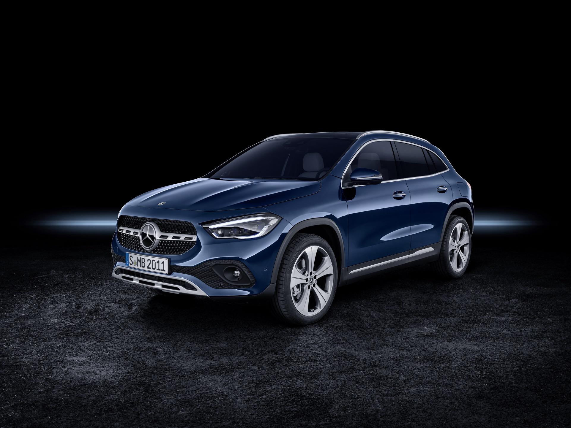 Noul Mercedes-Benz GLA (27)