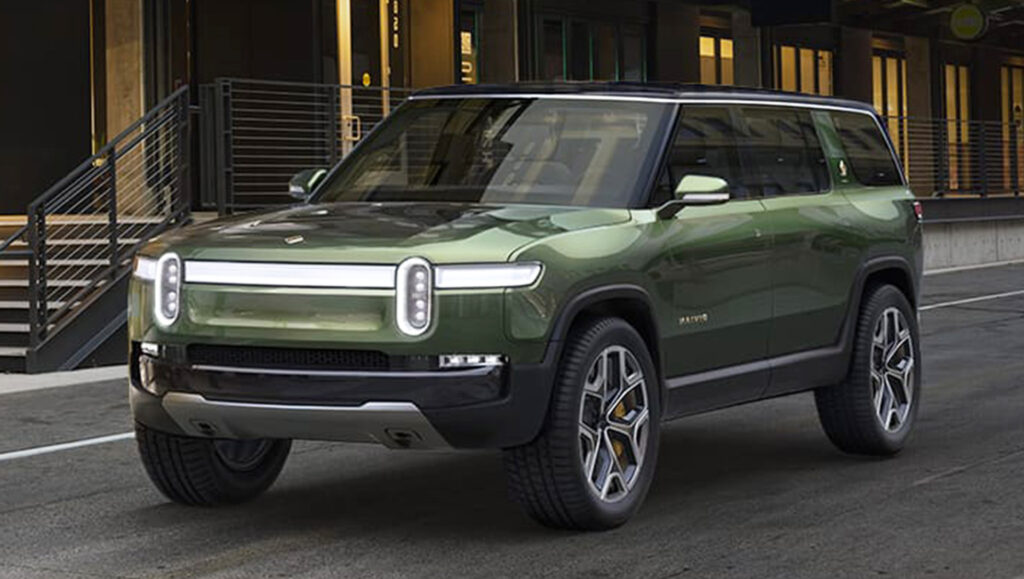 Rivian R1S electric