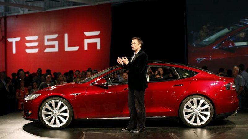 Când vom avea primul showroom Tesla în România?