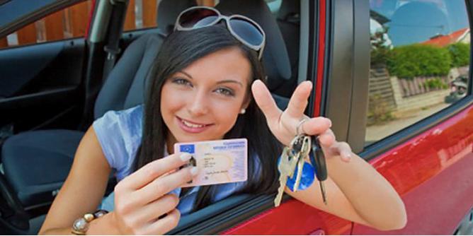 Câți ani este valabil permisul de conducere?