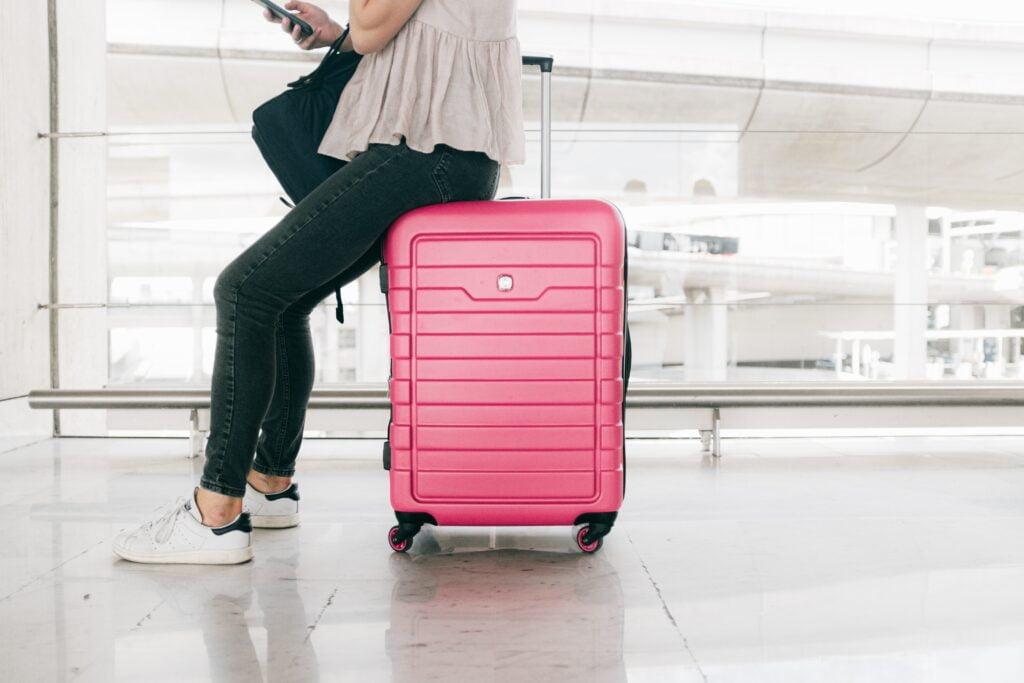 Ce nu trebuie să lipsească din bagaj pentru o vacanță reușită